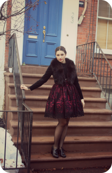 "Fashion Blogger Miss Lumpy looking elegant in our ""In the Dark Garden"" skirt! http://www.herlumpiness.com/"